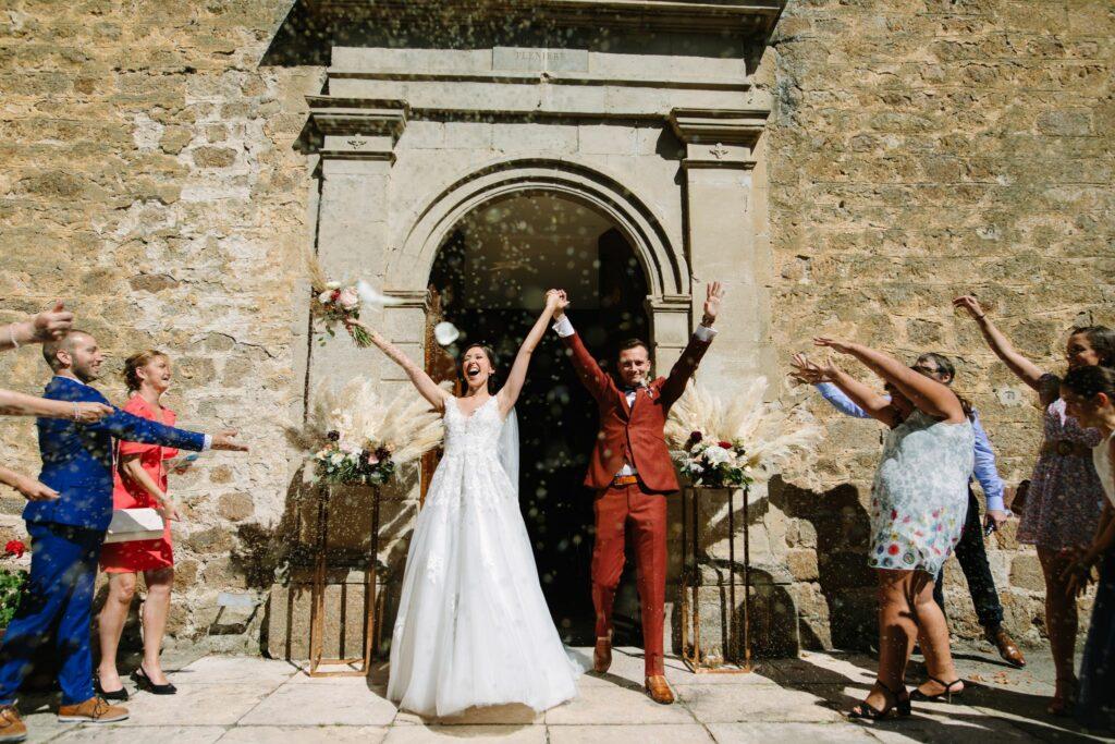 SORTIE DE EGLISE MARIAGE RHONE ARDECHE