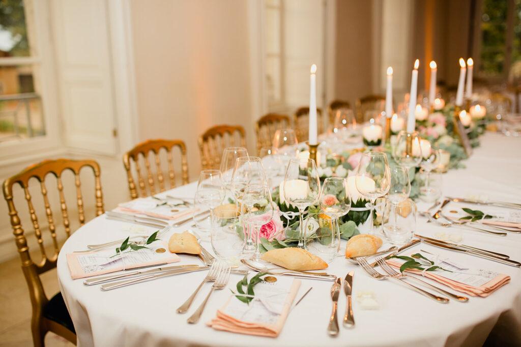 decoration de table mariage rose et doré