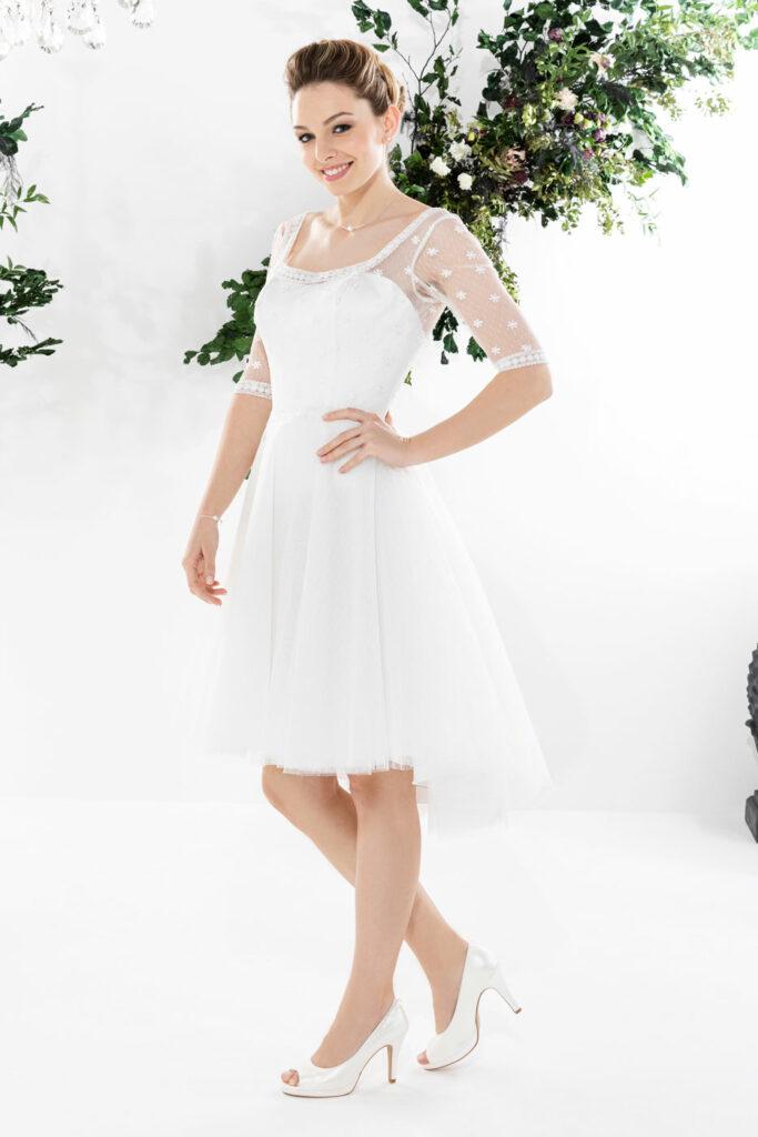magasin robe mariée en sarthe robe courte