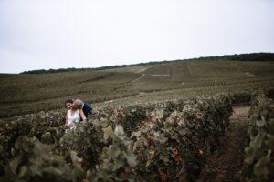 Se marier en Champagne : Séance photo de mariage dans les vignes