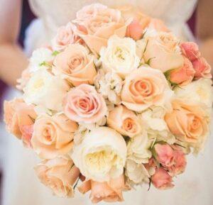Composez un bouquet de mariée qui vous ressemble !